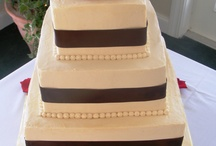 Cakes & Catering For Your Destination Maine Wedding / Our bakers & caterers will carefully listen to the vision that you have for your event and create a proposal that will meet your desires & budget, while giving special attention to those practical needs (sometimes behind the scenes) at any event.