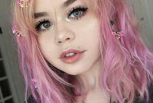 cute girls ; u ;