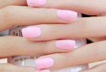 Manicure In Gel