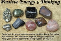 Stones & Crystals / Type, meanings and jewelry