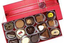 Sladká čokoládová reklama / Nechajte vychutnať vašich zákazníkov úspech spoločnej spolupráce, za ktorú sa im odvďačíte originálnym a jedinečným reklamným prezentom, akou sú naše ručne vyrábané pralinky s potlačou loga.