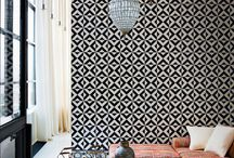 Bold patterns / Mix and match patterns to add visual interest to your interiors.