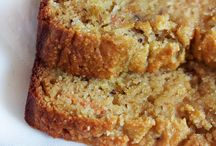 Carrot cake loaf / by Connie Burgdorf