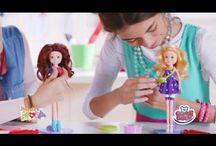 """Inventa la moda - Stilisti del futuro cercasi / Stilisti del futuro cercasi!  Scopri """"Inventa la moda""""  e come realizzare lo stile perfetto per la tua bambola con la morbida pasta """"Inventa e crea"""" e il kit di accessori per modellarla!"""