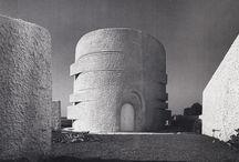 Architettura / by Barbara Santarossa