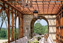 outdoor dining / by Laura Cotter