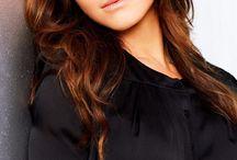 Caterina Scorsone ( Amelia Shepherd-GA)