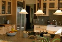 Kitchens / Kitchen remodeling projects by Roberts Residential Remodeling.