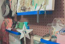 [ARTIST STUDIO'S] / Artists' Studios: HKpowerStudio interviews artists to get a sneak peek into artist studios. Learn more about studio organization, design, and the creative process here---> http://hkpowerstudio.com/inside-the-artist-studio/ #organizing #artstudio