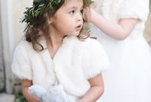 Winter Wedding Inspiration / Winter weddings have their own unique atmosphere. Here we share some of our favourite ideas for creating that cosy winter vibe for your wedding.