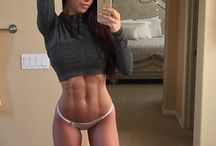 female fitness model diet and workout routine / Ready to jumpstart your own body transformation? Sharing top female fitness model workout routine and diet.