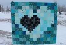 Great Quilts with Ugly Feet / Oh how I dislike the feet, but these quilts are awesome!