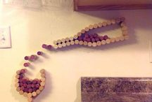 Cork and Bottle Projects / What to do with all those corks and empty bottles? Look here!