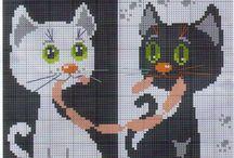 kočičky vyšívané háčkované