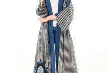 Yazlık Kaftan Modelleri / 2018 ilkbahar serisi el işi yeni sezon kimono ve kaftan modelleri şık tasarımlarıyla Etnik Esintiler'de.