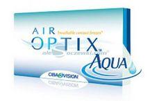 Soczewki kontaktowe AIR OPTIX™ AQUA / AIR OPTIX AQUA to nowoczesne silikonowo- hydrożelowe soczewki kontaktowe. Zapewniają do 5 x więcej tlenu w porównaniu z tradycyjnymi soczewkami hydrożelowymi. System nawilżający AQUA w który wyposażono soczewki, zapewnia długotrwały komfort, chroni soczewkę przed wysuszeniem i zabrudzeniem. Ponadto substancja nawilżająca sprawia, że powierzchnia soczewki jest jedwabista, co tym samym ułatwia mruganie.