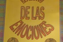 EMOCIONES / by Conchi Ruiz