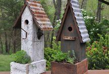 Birdhouses to paint