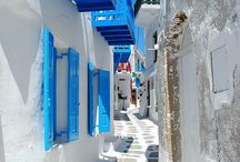 Mykonos Town / Whitewashed houses,paths,flowers