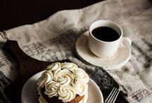 un café; thé ou chocolat