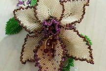 Virágok gyöngyből