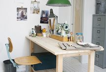 Desk/workshop
