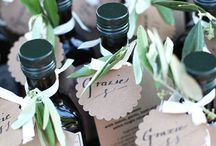 Wedding Gifts & Favors / Wedding gifts for your guests, welcome baskets, and wedding favors