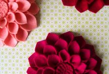 DIY Faux Flowers / pretty flowers to make out of paper or fabric