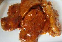 carne de curcan in sos picant