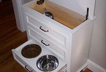 Dog and cat ideas / Great hidden place to feed your dog or cat.