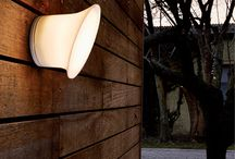 Écran in&out by Inga Sempé / Ecran In & Out is an indoor/outdoor wall lamp, with a diffuser that expands from its base to transform itself into a screen. Made in waterproof polycarbonate IP65, resistant to various weather conditions, Ecran In & Out is equipped with a LED source and guarantees a long life span.