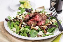 Steak salad with mushrooms / Healthy