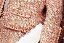 Chanel: жакеты, платья, костюмы