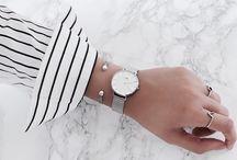 Smycken och klockor