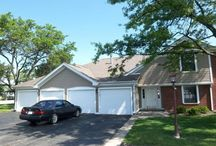 NEW - FOR SALE: 317 Silverwood #B2 Schaumburg, IL / 2 Bedroom, 2 Bath, looks as if it could be right out of a #magazine. Kitchen is AMAZING! #Granite countertops, bar perch overlooking kitchen, #fireplace, Master Bath is a deluxe bath, and there is tons of room in the walk in closet and laundry room. Bonus with attached garage! http://www.dtoomey.illinoisproperty.com/Condo/314-SILVERWOOD-Court-B2-SCHAUMBURG-IL-60193/MRD/08953662