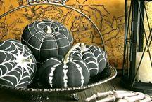 Decoration - Halloween/Autumn / by Kimberly Karlsson