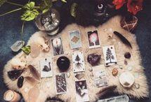 Orakel- bzw. Tarotkarten