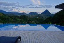 Zona de relajación de ensueño en la Siria - Antioquia / Proyecto realizado por Arquitectura Integral con algunos productos de Ambiente Azul.