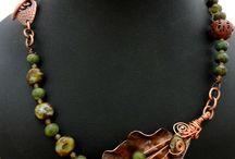 neckless beads
