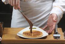 Waffle House / food & drink  Waffle House Cafe Restaurant http://wafflehouse.com.tr