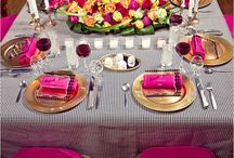 Wedding Tablescapes / AMAZING flower table runner
