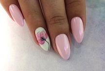 pink nailss