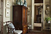 Furniture.OldEnglishStyle