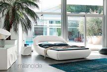 Κρεβάτια / Μια πλούσια συλλογή από δερμάτινες και ξύλινες κρεβατοκάμαρες με δυνατότητα επιλογής απόχρωσης και διάστασης, σας περιμένει να την ανακαλύψετε!