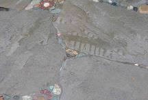 Mosaic in cracked paving