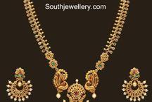 gold earrings indian