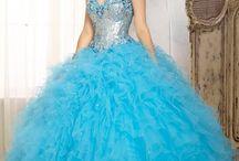 Blue Quinceañera Dresses / Off the Rack Sale! :::: Quinceanera dresses/Sweet Sixteen 16 Dresses in blue color tones in Stock at our stores. Turquoise, Sky Blue, Baby Blue, Royal Blue, Ocean, Ocean Blue, Aqual, Royal, Dark Blue, Navy Blue ::::  Vestido de Quinceañera en tonos de azul. Turqueza, Celeste, azul rey, aqua.