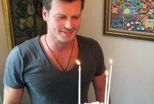 Kıvanç Tatlıtuğ Doğum Günü 32. Yaşında !!! / Yakışıklı ve karizmatik oyuncu Kıvanç Tatlıtuğ doğum günü 32. yaşını bugün kutluyor. Sevenleri Instagram hesabından Kıvanç Tatlıtuğ'u tebrik seline tuttu…