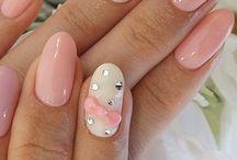 nails & dress-up / by Yuki Tanaka