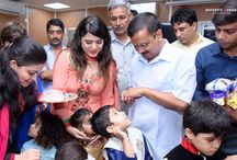 PRIDEENS SEEK BLESSINGS FROM DIGNITARIES ON RAKSHA BANDHAN / On the auspicious occasion of Raksha Bandhan our Prideens met the Chief Minister, Mr. Arvind Kejriwal. The day was celebrated with festive gusto and joy by the students of Mother's Pride. They met the CM and tied beautiful Rakhis on his wrist, where some were personally hand carved. With their cute talks, our young ones mesmerized him. The CM gave the warm and heartiest wishes of Raksha Bandhan to the students and the young ones sparkled with joy.
